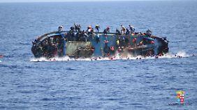 Mit Zuckerbrot und Peitsche: Brüssel plant Flüchtlingspakt mit Afrika und Nahost
