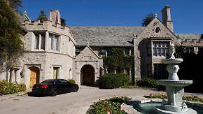 Wilde Partys ade!: Die Playboy Mansion hat einen neuen Besitzer