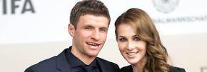 ... Thomas und Lisa Müller.