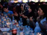 Unterwegs in muslimischen Ländern: Was Urlauber im Ramadan beachten sollten