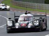 Porsche liegt auch diesem Jahr in Le Mans vorn.