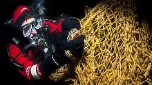 Tödliche Falle für Fische: Fünf Staaten wollen Geisternetze bergen