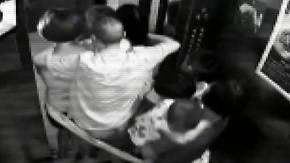 Geiselnahme in China: Drogendealer nutzt Frauen und Kinder als Schutzschild