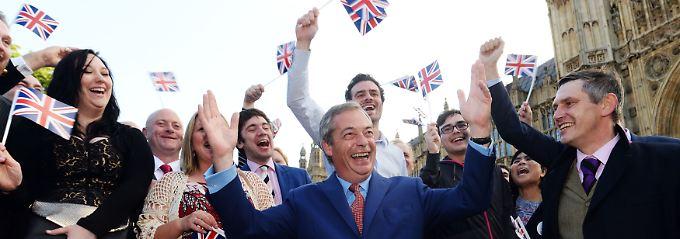 Gute Gewinner, schlechte Gewinner: Farage ätzt, Johnson bleibt cool