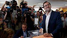 Linksruck bei Wahlen in Spanien: Prognose: Konservative stärkste Kraft