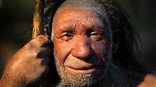 Nachbildung eines Neandertalers im Neanderthal-Museum in Mettmann. Foto: Federico Gambarini