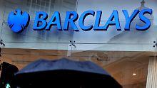 Händler manipulierten Zinssatz: Lange Haftstrafen für Barclays-Banker