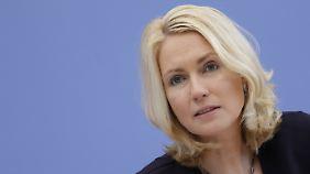 """Für Manuela Schwesig ist der Gesetzentwurf ein """"Durchbruch""""."""