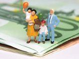Babysitter und Co: So reduzieren Eltern ihre Steuerlast