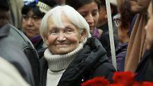 Margot Honecker 2010 auf der Beerdigung von Luis Corvalan.