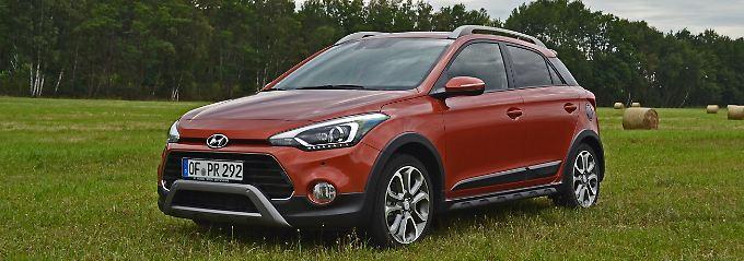 20 Millimeter mehr Bodenfreiheit und alle Komponenten die ein SUV auszeichnen schmücken auch den Hyundai i20 Active.
