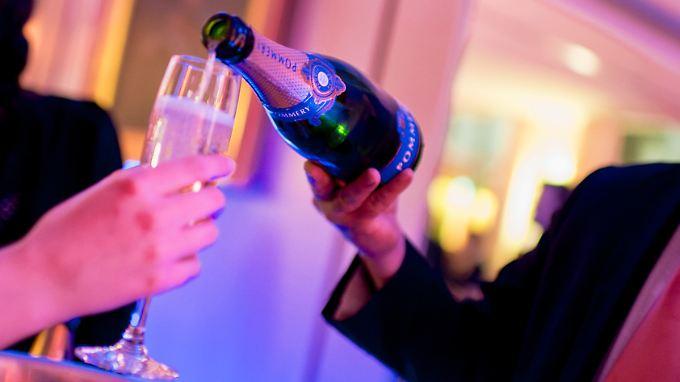Die neuen Millionäre tragen viel zu den Steuereinnahmen bei, danach bleibt immer noch etwas für ein gelegentliches Glas Champagner übrig.