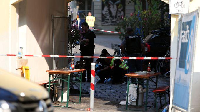 Die Polizei am Tatort in Ansbach.