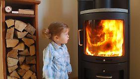 Flammen gucken ist besser als Fernsehen.