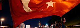 Über 18.000 Festnahmen nach Putsch: Ankara erwägt Referendum zur Todesstrafe