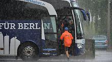 ++ Fußball, Transfers, Gerüchte ++: Hertha-Bus in Kopenhagen attackiert