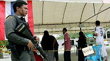 Neue Verfassung für Thailand: Militärjunta lässt sich Herrschaft absegnen