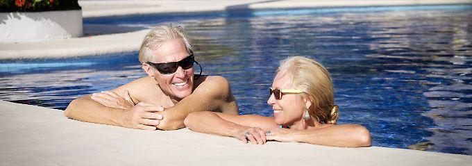Im Alter entfallen für manche Versicherungen die Grundlage.