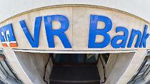 Volksbanken machen Ernst: Höhere Gebühren, weniger Filialen