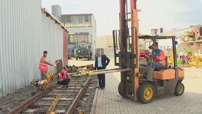 Sprung in die Selbständigkeit gewagt: Migranten schaffen in Deutschland Millionen Jobs