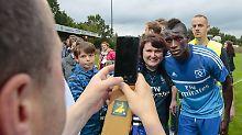 ++ Fußball, Transfers, Gerüchte ++: HSV-Flüchtling bekommt Aufenthaltsgenehmigung