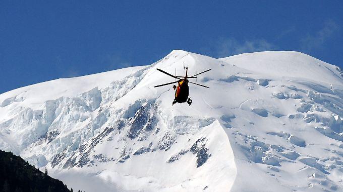 2012 kam es am Mont Maudit bereits einmal zu einem schweren Unglück, bei dem mindestens neun Menschen, darunter mehrere Deutsche, ums Leben kamen.