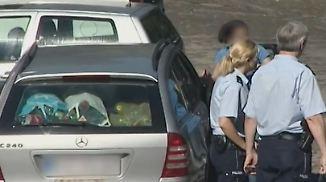 Über eine halbe Stunde eingesperrt: Passantin befreit Kind aus 50 Grad heißem Auto