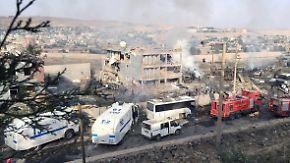 Elf Polizisten sterben: PKK bekennt sich zu Selbstmordattentat in türkischem Cizre