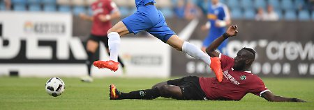 Wenig Glanz beim VfB Stuttgart: Hannover 96 lässt in Bochum Federn