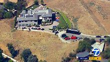 Frau mit Waffe bedroht?: Polizei belagert Haus von Chris Brown