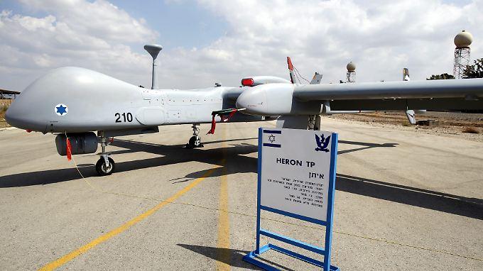 """Die Bundeswehr hat Interesse an drei bis fünf Drohnen vom Typ """"Heron TP""""."""