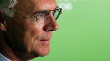 """Beckenbauer lässt mitteilen, er """"kooperiere auch weiterhin mit allen beteiligten Behörden""""."""