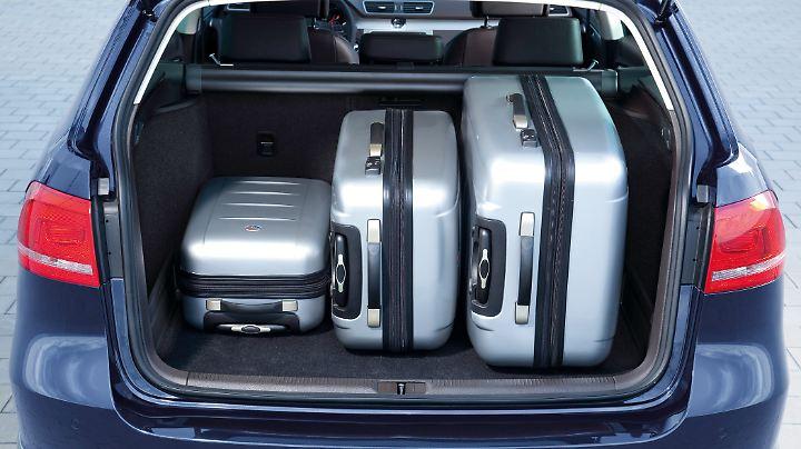 Der Kofferraum des Passat Kombi zählt mit 465 bis 900 Litern zu den größten in der Mittelklasse.