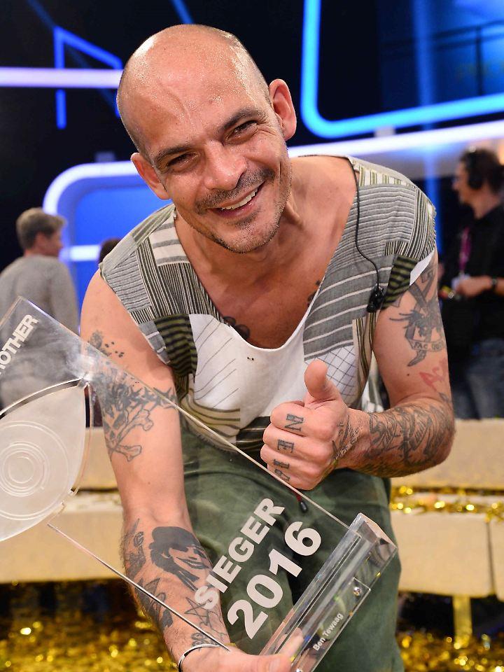 Der glückliche Sieger Ben Tewaag.