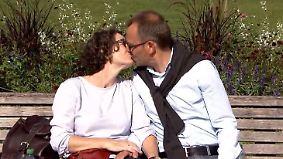 Intelligenz, Aussehen oder doch Humor?: Darauf achten die Deutschen bei der Partnerwahl