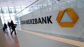 Radikaler Umbau notwendig: Commerzbank will 9000 Stellen streichen
