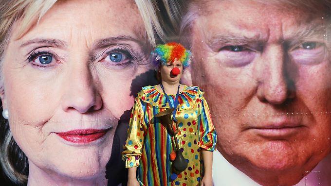 Auf diesem Bild, aufgenommen in Hempstead, New York, ist ein Clown zu sehen.