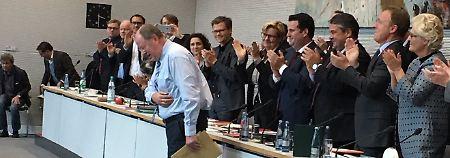 Abschied aus SPD-Bundestagsfraktion: Steinbrück erhält stehende Ovationen