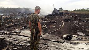 Erste Erkenntnisse der Untersuchung: Ermittler: MH17 wurde von russischem Militär abgeschossen