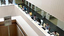 Gehaltsvergleich mit Uni-Abgängern: FH-Absolventen verdienen besser