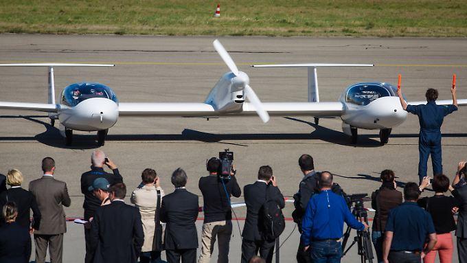 Glücklich gelandet: Die Konfiguration von Rumpf, Motor und Tragflächen ist ungewöhnlich - der Flug dafür außergewöhnlich sauber.