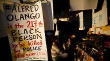 Schwarzer stirbt durch Polizeischüsse: Gewaltsame Proteste erreichen Kalifornien