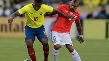 Ecuadors Antonio Valencia zeigte mit seinem Team gegen die Chilenen rund um Arturo Vidal eine überzeugende Leistung.
