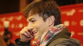 Promi-News des Tages: Ashton Kutcher verplappert sich im TV