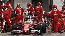 Platz vier statt zwei in Suzuka: Ferrari raubt Vettel das Podium