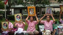 Staatstrauer für toten König: Thailand-Urlauber sollten Rücksicht nehmen