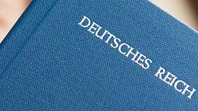 Disziplinarverfahren gegen vier Beamte: Bayerns Polizei hat Reichsbürger in den eigenen Reihen