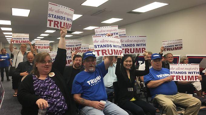 Mittwochabend in Toledo: Trump-Anhänger freuen sich auf die TV-Debatte.