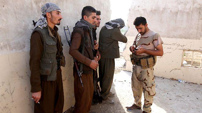 Massaker an 284 Zivilisten bei Mossul: Streitkräfte wehren IS-Angriff auf Kirkuk ab