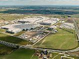 Größte ausländische Investition: VW eröffnet Lkw-Werk in Polen